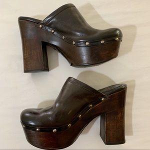 Frye Mara Brown Leather Clogs